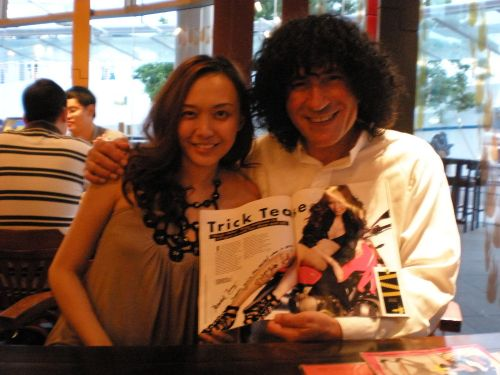 magic babe ning with tony hassini sexiest man in magic